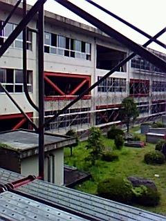 神明小学校の大規模耐震改修工事、始まる