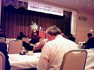 丹南地区市町議長会議員研修会で、講演「分権時代の議会」を学ぶ