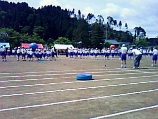 爽やかな5月の河和田小学校体育大会