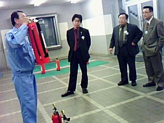 京都市民防災センターを視察、災害疑似体験