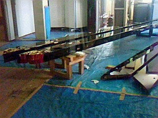 掛川の山車、越前漆器で塗り替えられる