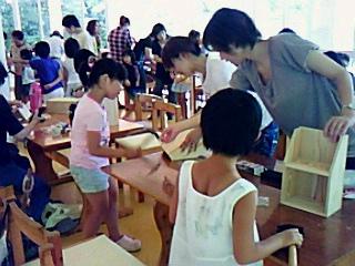 花みずき母親クラブ間伐材で「木工教室」