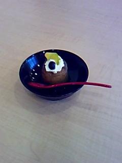 喫茶椀椀の新しいメニュー研究「上河内桃ゼリー」