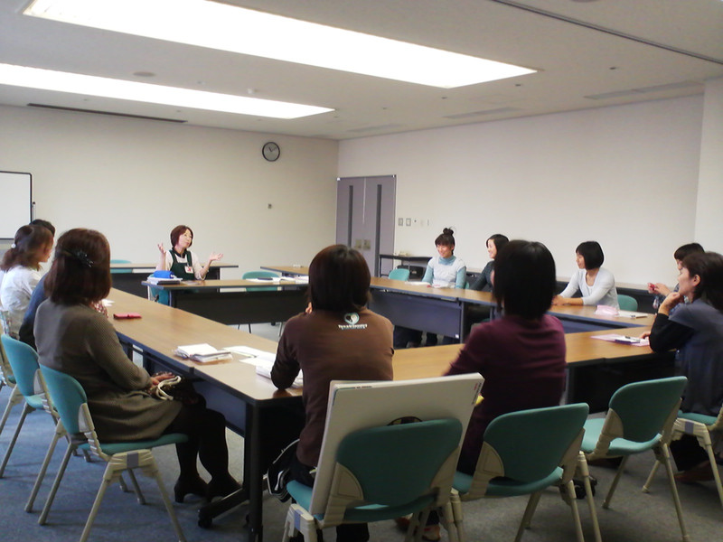 さばえっこ図書ボランティア「ミニ研修会」で勉強会