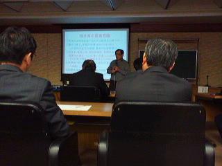 鯖江市議会「原子力発電を考える会」勉強会を開催