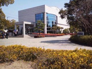 福山市人権平和記念館を研修