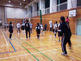 河和田地区民ソフトバレーボール大会